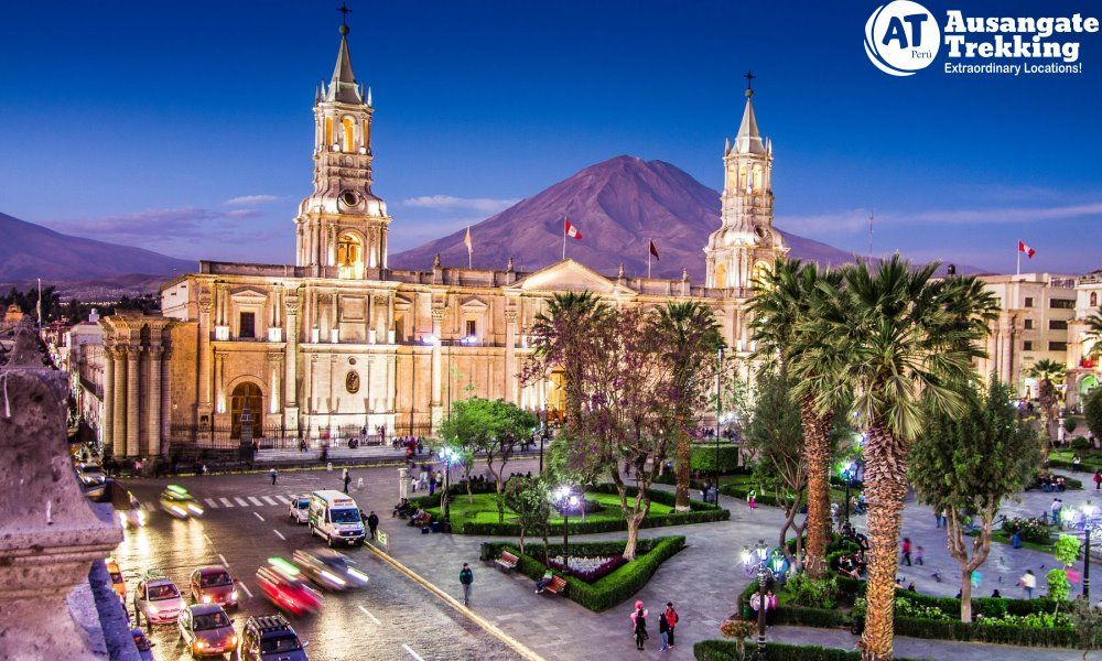 City Tour Arequipa Full Day - A tall building in Arequipa - Colca Canyon